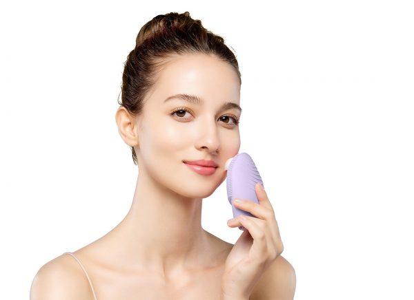 Foreo Luna 3, limpieza facial, masaje facial, masajeador facial, limpieza piel, innovación cosmética, bienestar, belleza, innovación facial, dispositivos cosmética facial, innovación bienestar, cuidado de la piel, femtech, tecnología cosmética.